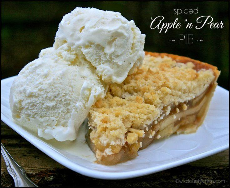 Spiced Apples 'n Pears Crumb Top Pie