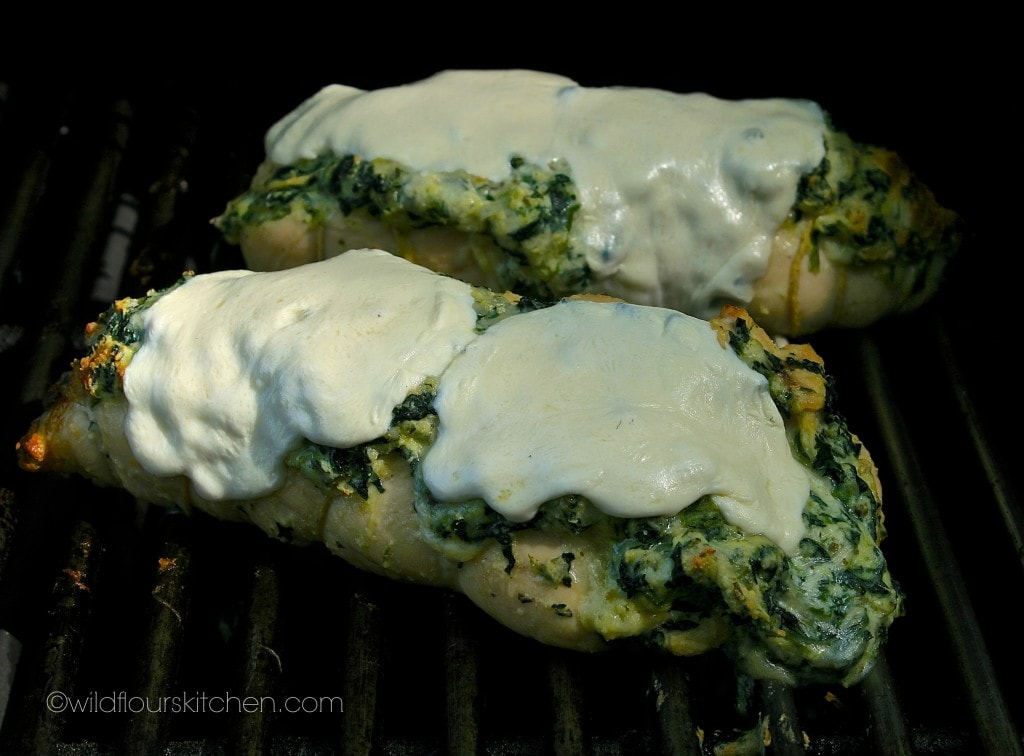 spinach chicken mozz melted