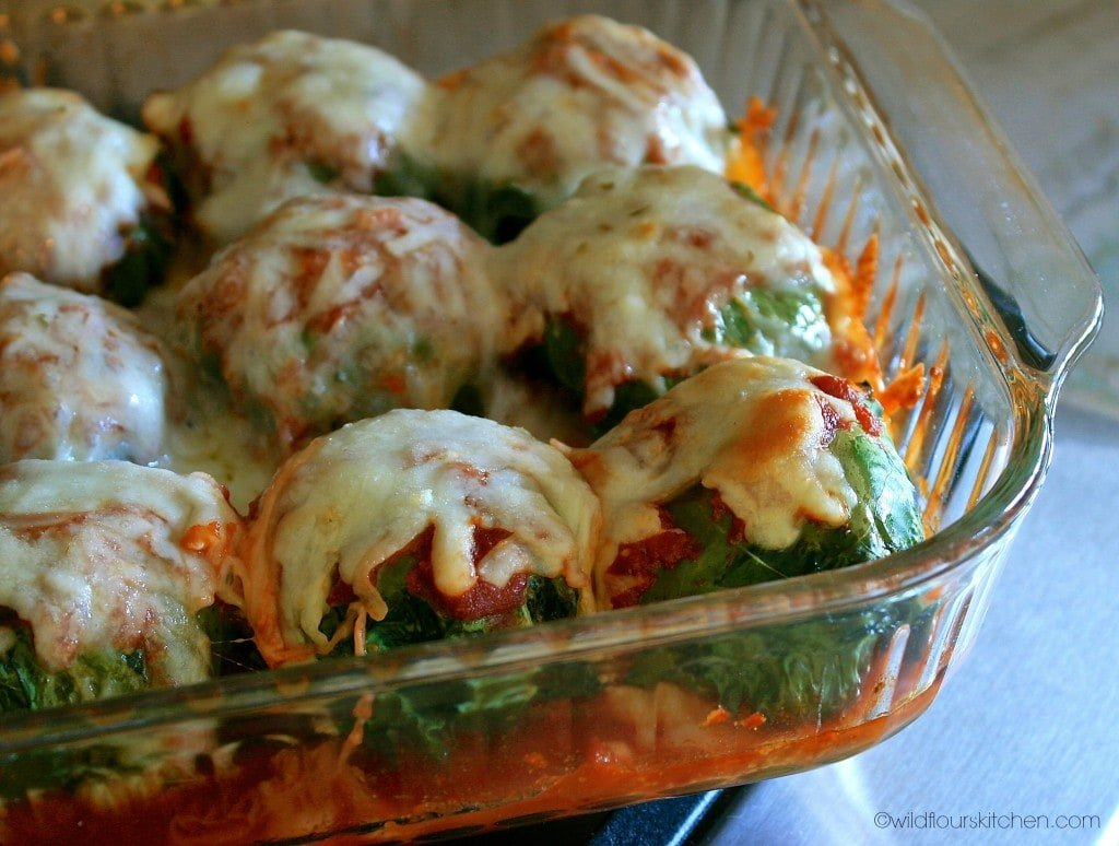 kale meatballs baked close