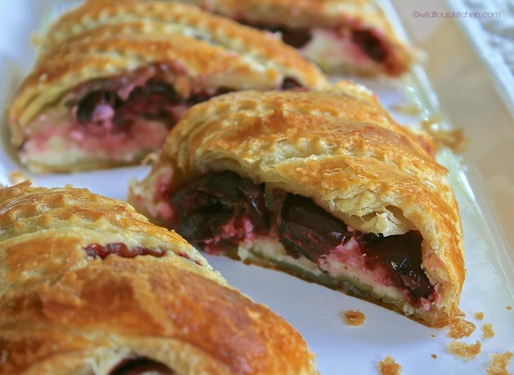 bing cherry strudel sliced reverse