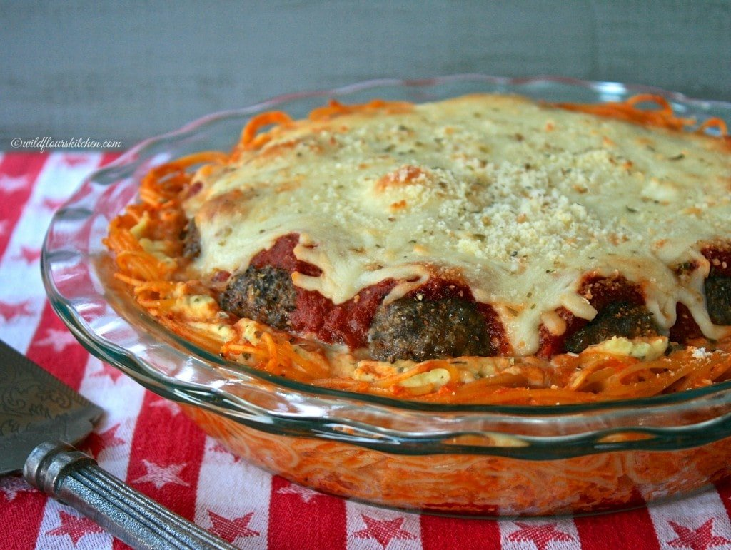 spaghetti & meatball pie close