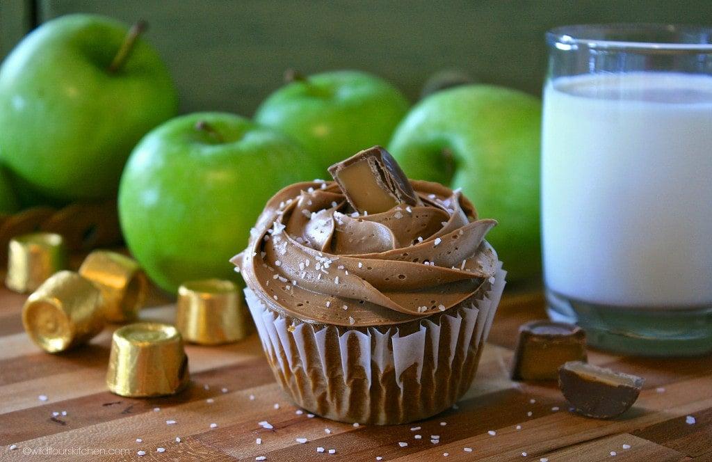caramel apple tea cakes
