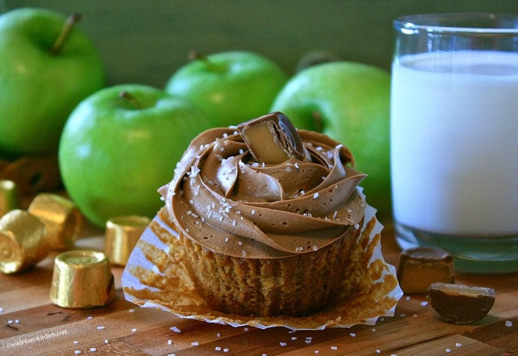 caramel apple tea cakes 3