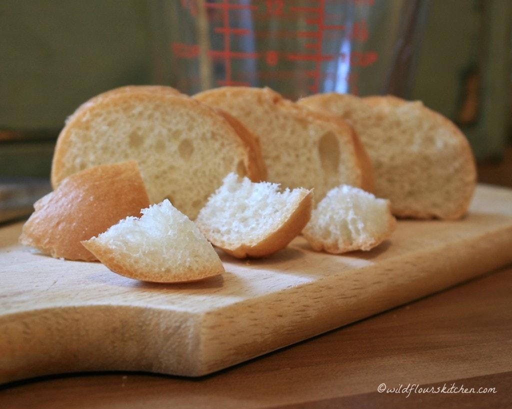 bread cubes fresh