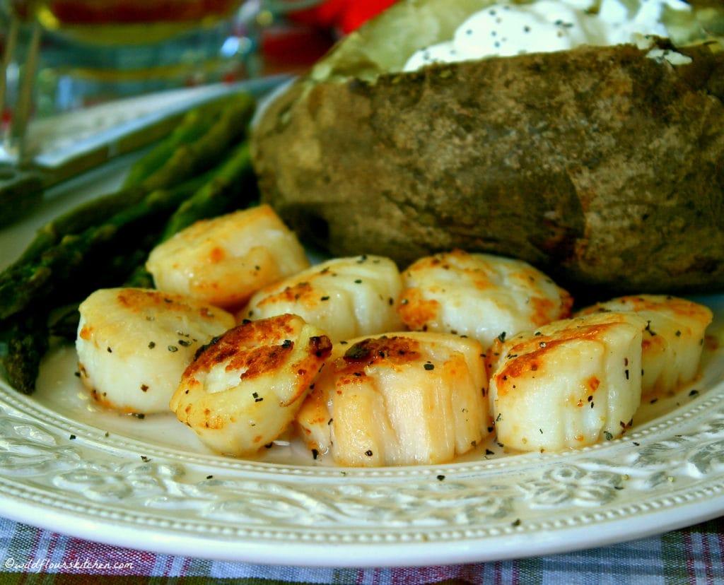 Garlic Butter Seared Scallops