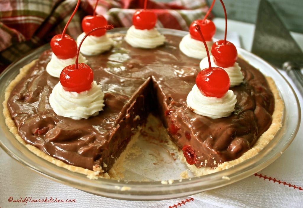 chocolate-cherry-amaretto-pie-sliced