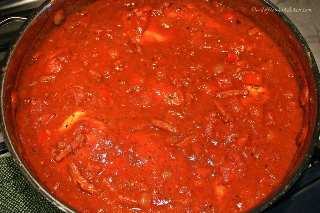 chicken pepperoni sauce
