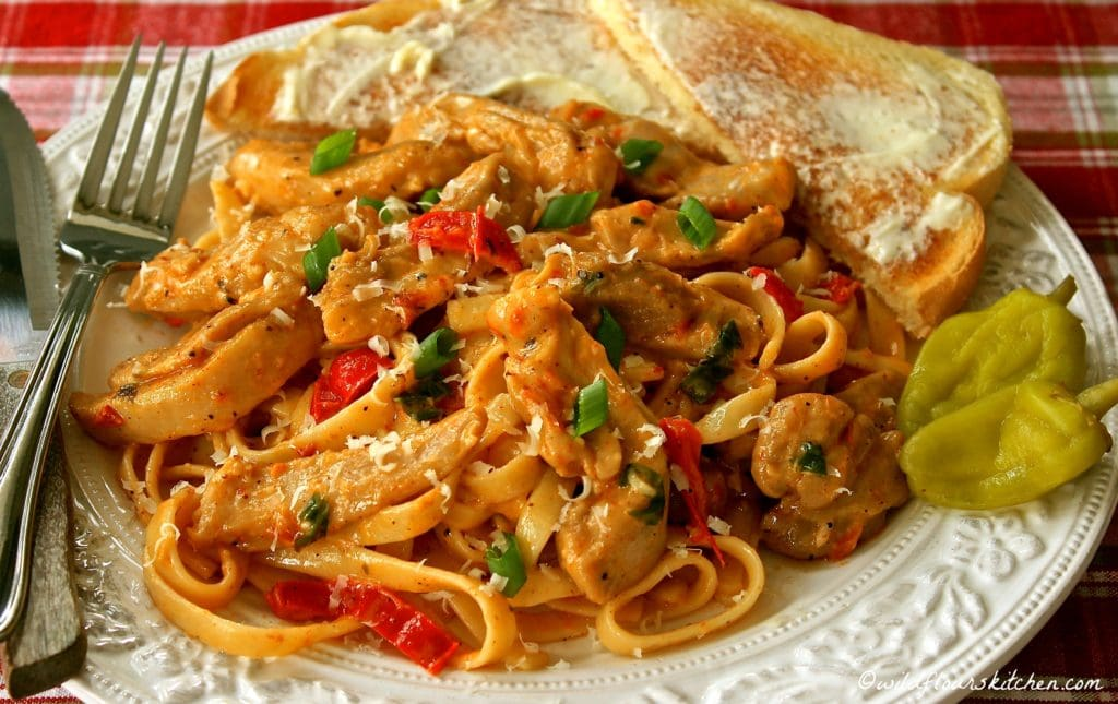 cajun-chicken-alfredo-plated