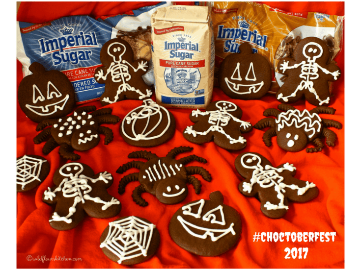 Fudgy Chocolate Gingerbread Halloween Cookies / #Choctoberfest 2017